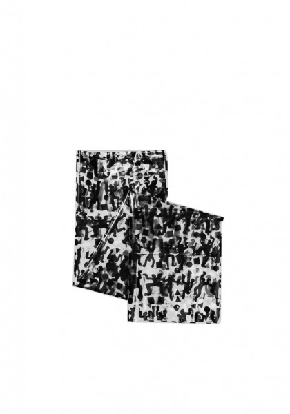 accessorio-carhartt-world-party-shower-curtain-white-black